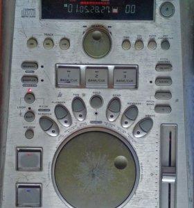 DJ CD-проигрыватель Omnitronic DJS-1100