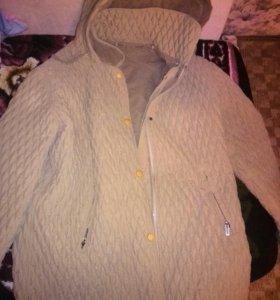 Куртка осень-зима двухсторонняя.