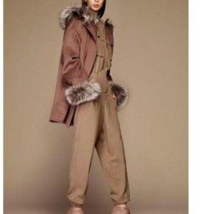 Женское пальто французской фирмы