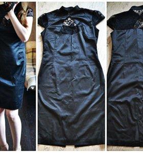 Черное платье с кружевными рукавчиками
