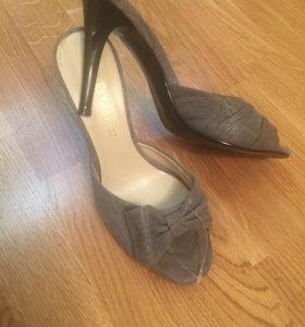 Туфли летние абсолютно новые