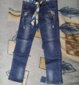 Шикарные джинсы для девочки
