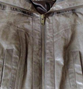 Продам куртку (укороченная)