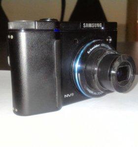 Цифровой фотоаппарат Samsung NV8