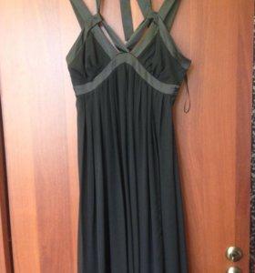Продам 2 платья