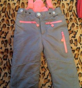 непромокаемые штанишки  на девочку 98см