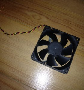 Вентилятор охлаждения пк