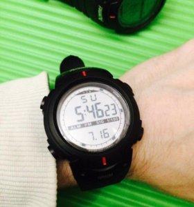 Часы 🕒 в спортивном стиле