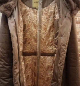 Зимняя куртка, с отстёгивающимся меховым капюшоном