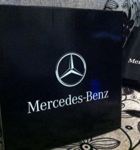 Часы от Mercedes-Benz