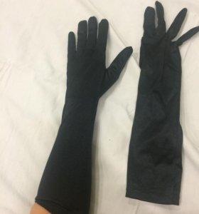 Перчатки атласные к платью