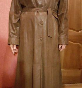 Пальто из натуральный кожи