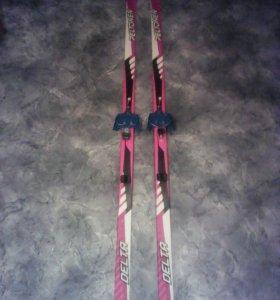 Детские беговые лыжи Delta Peltonen ,палки, ботинк