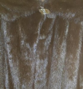 Норковый полушубок с капюшоном