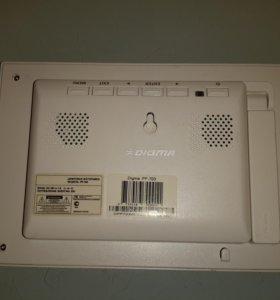Цифровая фоторамка DIGMA PF-703