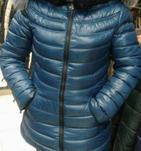 Зимняя куртка. Очень теплая.