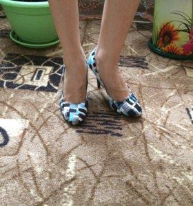 Туфли, новые 35р. Купила так и  не носила.