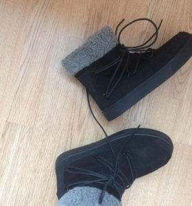 Ботинки демисезон новые Telly Weijl