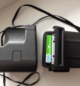 Два фотоаппарата за 1500, без кассеты. Торг.