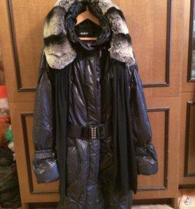 Зимние пальто с капюшоном