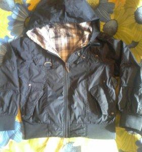 Легкая курточка-ветровка