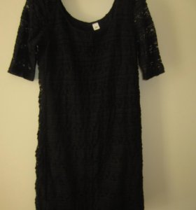 Черное кружевное платье 42-44 р