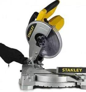 Пила торцовочная STANLEY STSC 1510