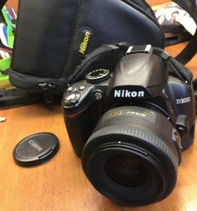 Продам Nikon D3000 + крутой объектив