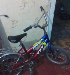 Велосипед детский(на4-8лет)