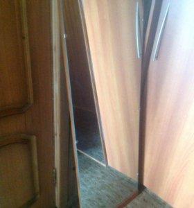 Зеркало на деревянной раме 120*42