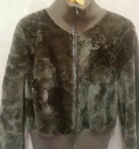 Мутоновую куртку