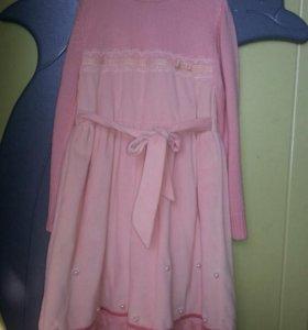 Тёплое платье новое