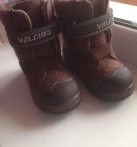 Детская зимняя обувь новая