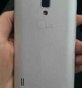 Продаю смартфон LG, торг