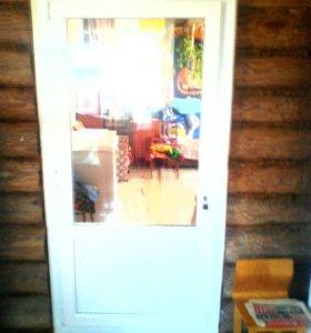 Металлические и пластиковые двери