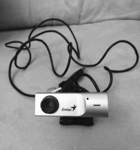 Веб-Камера Genius, встроенный микрофон