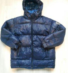 Зимняя куртка на мальчика 10-12 лет.