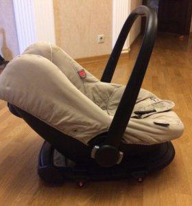 Автокресло bébécar