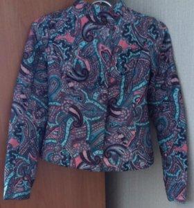 Осенняя курточка Новая р. 42