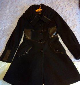 Женское пальто!.