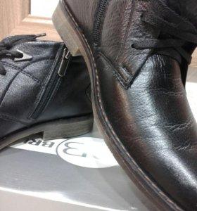 Зимние мужские ботинки 39 р.
