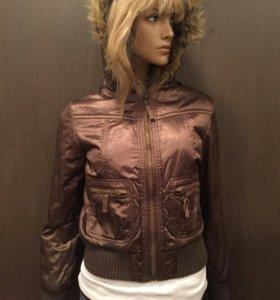 Демисезонная куртка с меховым капюшоном Mexx