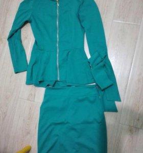Костюм и платье