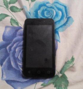 Телефон pixi 3