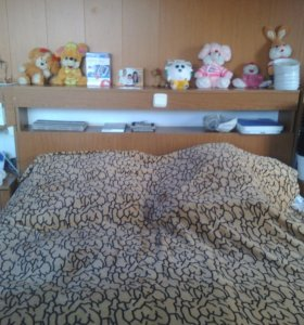 Двухспальняя кровать + матрас