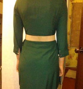 Платье р-р 44 из маг.Garage