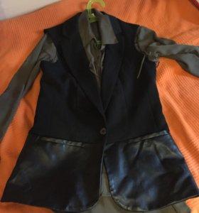 Пиджак с ЭКО- кожей вставками