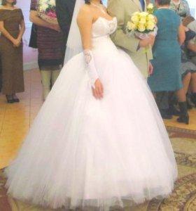 Свадебное платье+ бижутерия и перчатки