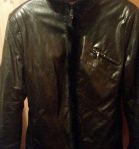 Куртка кож.на меху теплая за 3 тыс. И дубленка
