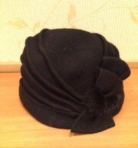 Шерстяная женская шапка